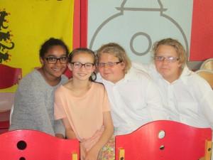 Orphée, Reine-Ca et soeurs Sept
